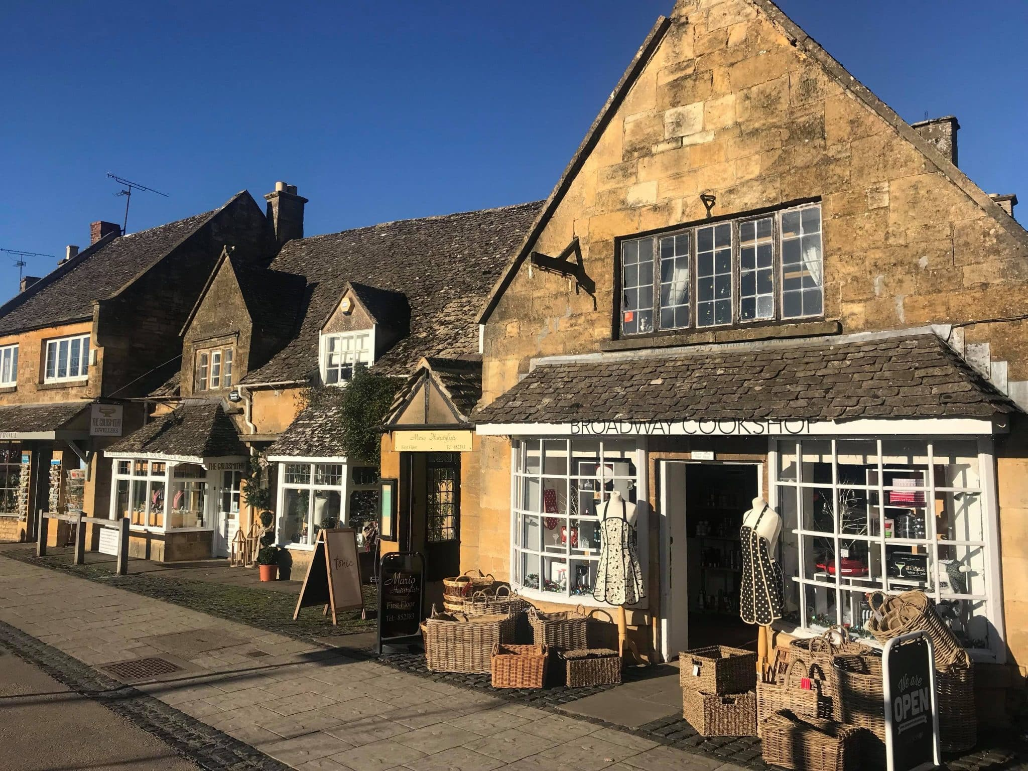 high-street-broadway-cotswolds