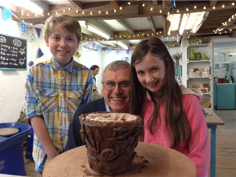 Collaborative-Coil-Pot-made-by-master-potters-at-Eastnor-Pottery.jpg