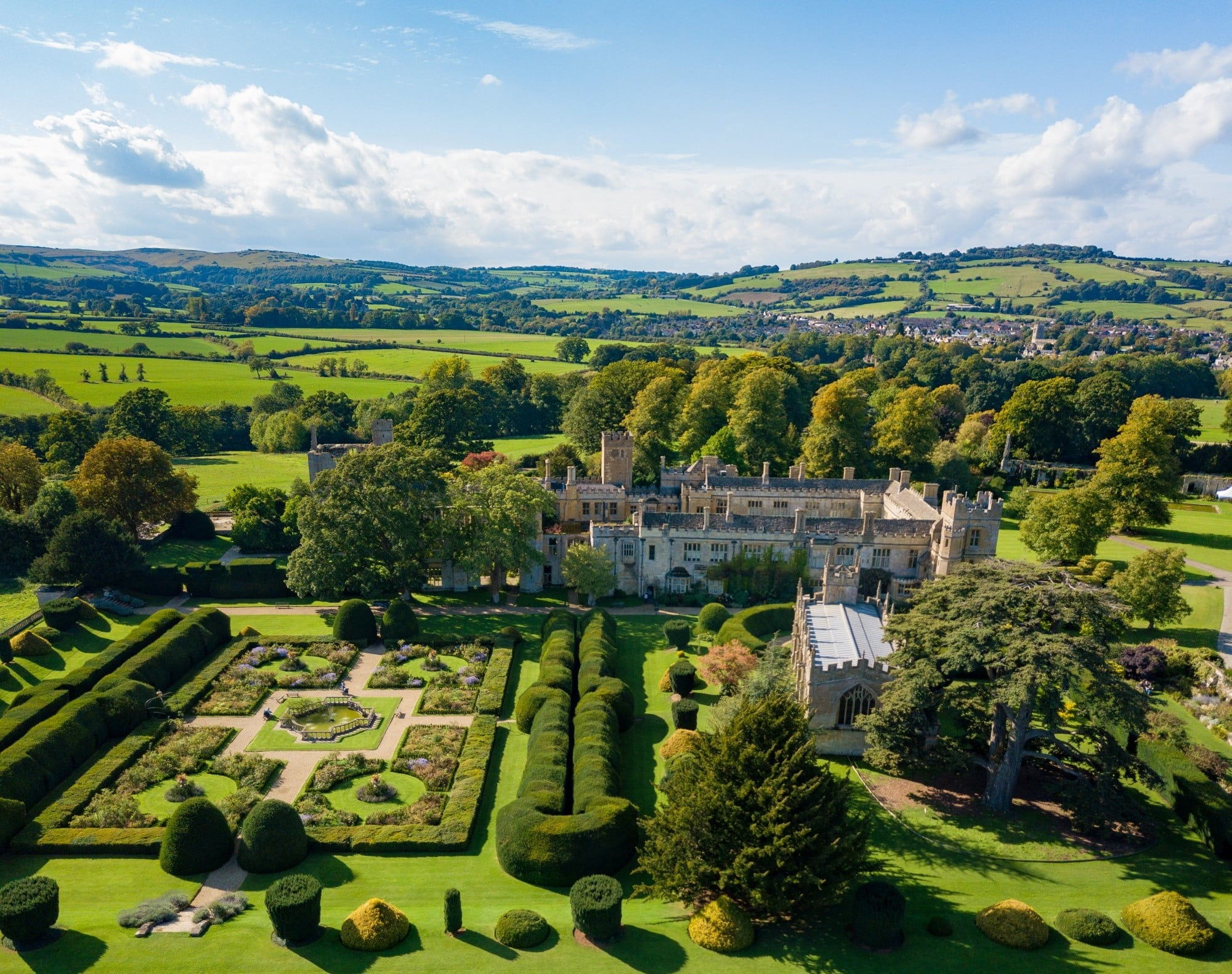 Sudeley-castle-and-gardens.jpg
